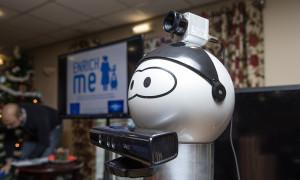 Anziani attivi con il robot EnrichMe